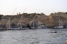 Fouilles du Nil à Assouan par les services de la direction des antiquités sous-marines d'Egypte. L'ile Éléphantine.